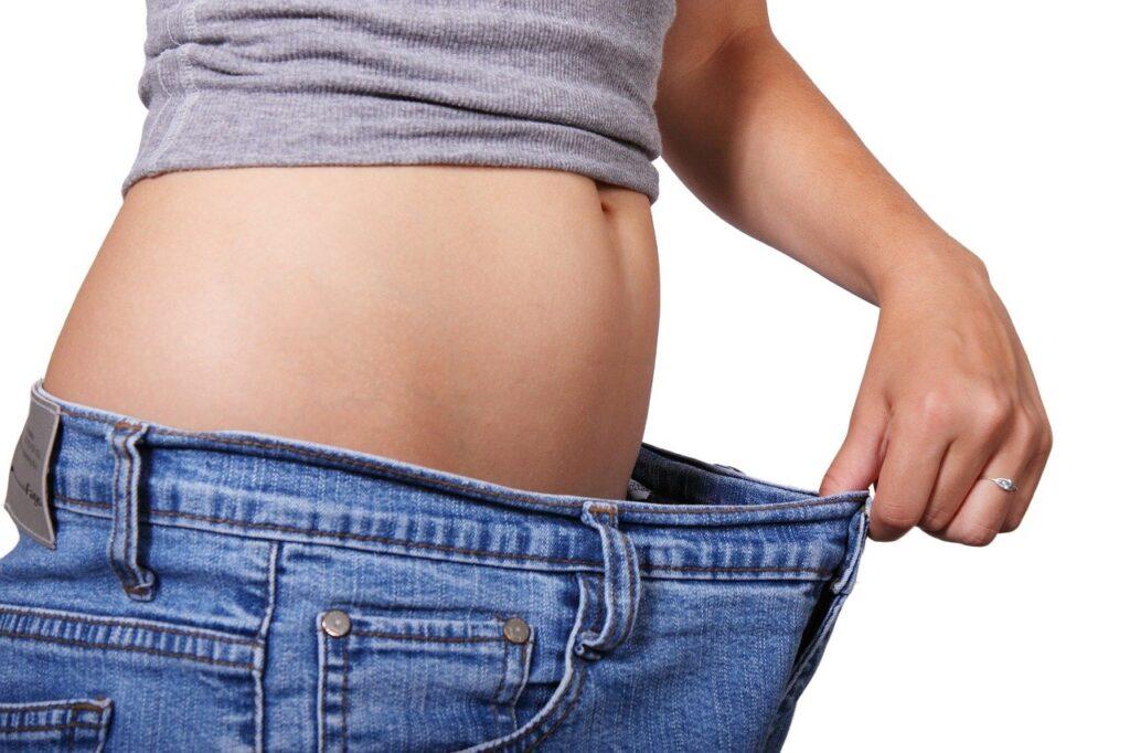 【40代から始める】絶対痩せる!アラフォーから始める本気ダイエットの方法やメリットまとめ