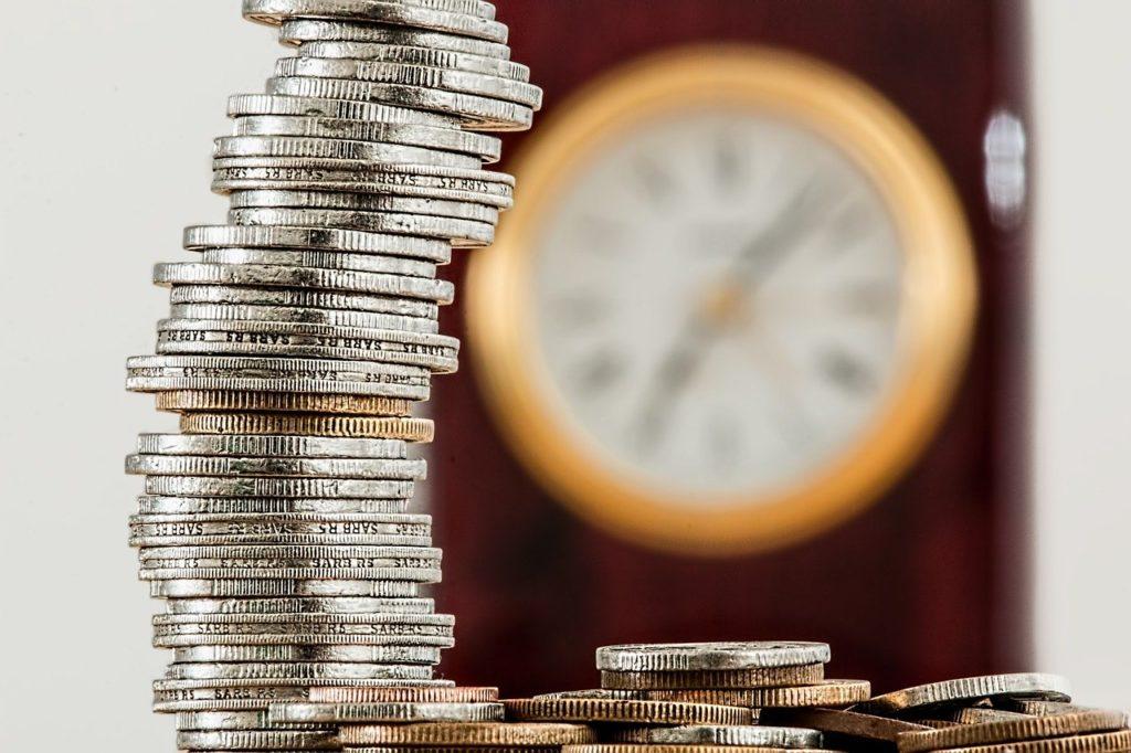 【夢占い】夢の中に500円玉が出てきたときの暗示・意味とは?