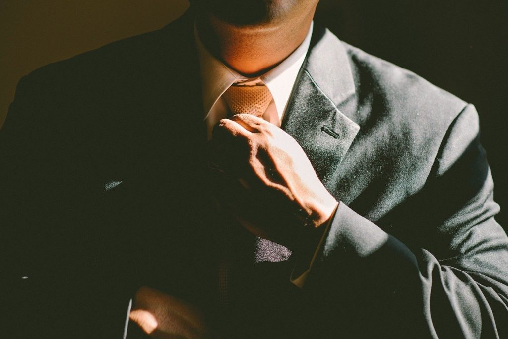 上質でセンスが光る。50代男性におすすめのネクタイの選び方