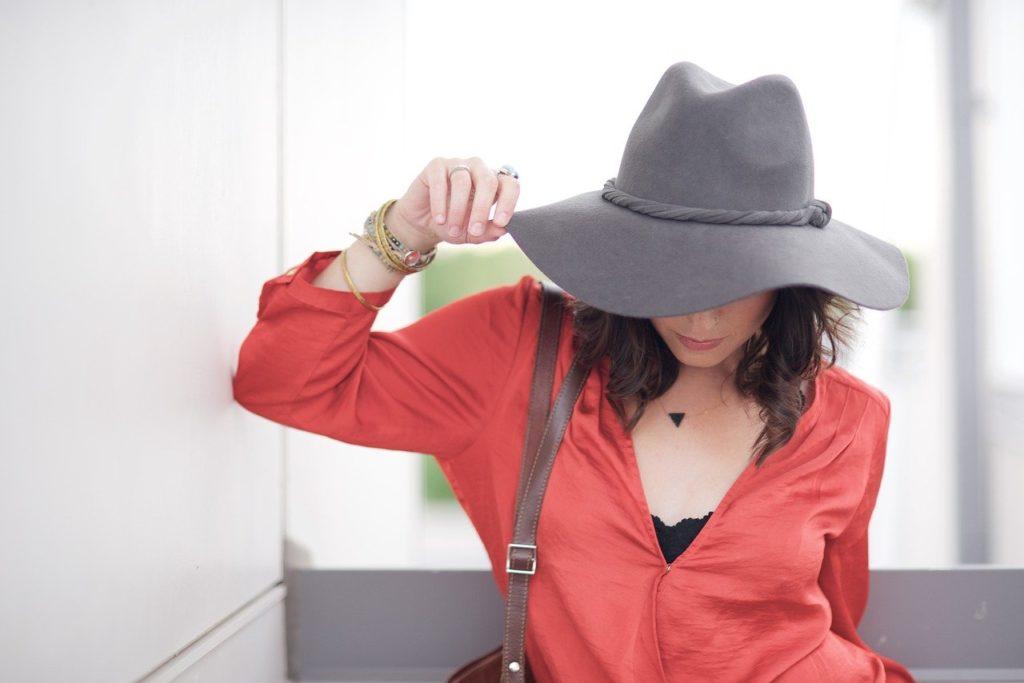 40代女性に人気の大人ファッションはこれ!人気ブランドTOP13