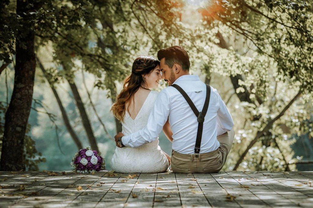 婚活で交際後、プロポーズをするベストなタイミングはいつ?