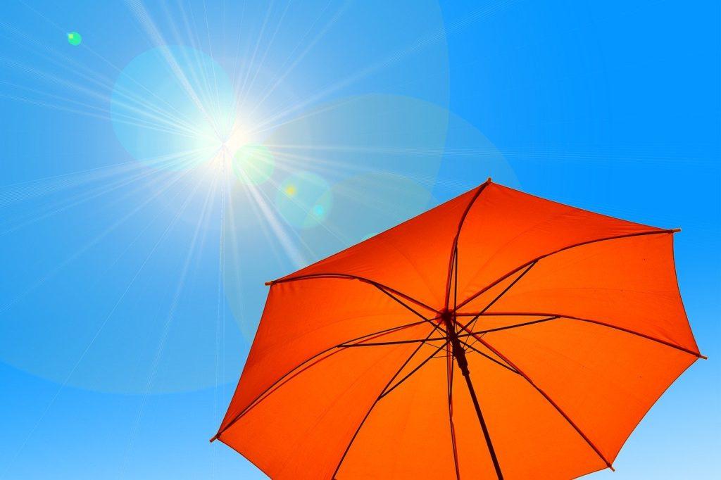 紫外線から肌を守るために正しい知識でケアを!対策と日焼け止めの選び方