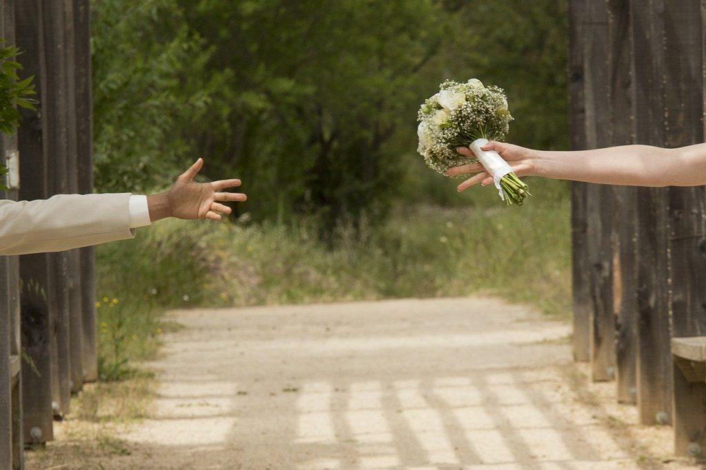 初婚女性は注意!バツがある再婚男性と結婚する時に知っておきたいこと