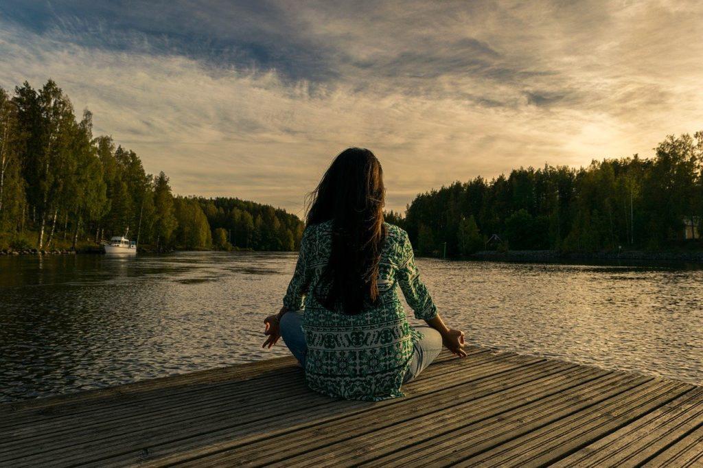 ヨガや瞑想に最適♪プラスクオリティーもお薦め「スピリチュアル音楽」