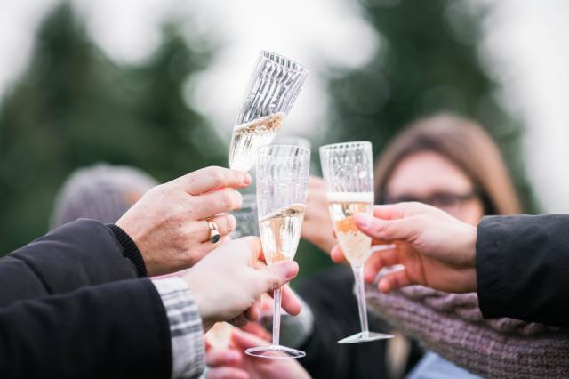 婚活パーティーのフリータイムが苦痛…なぜ誰も来ないの?解決策ってある?