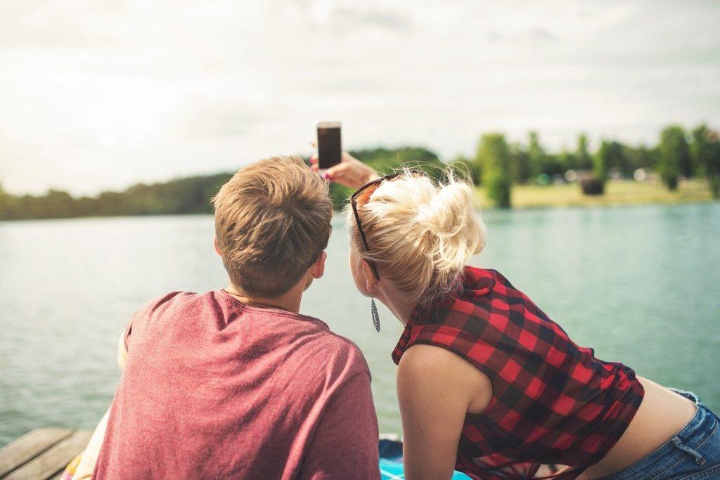 【夢占い】デートをする夢を見たときの暗示・意味とは?