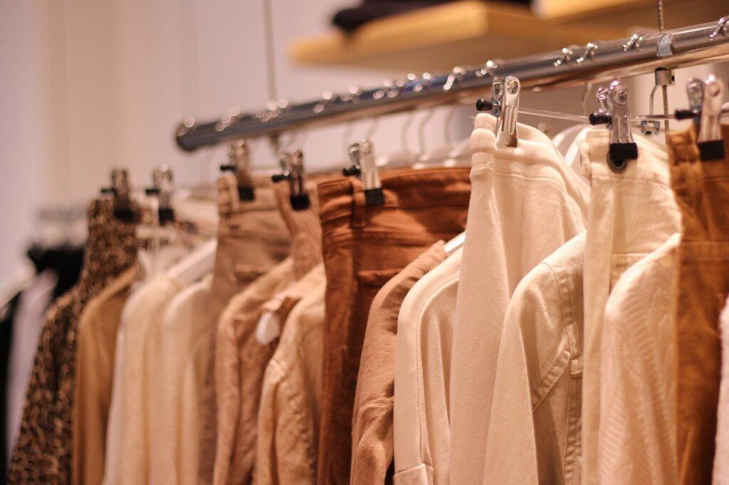 服の合わせ方が分からない!洋服の買い方のコツとコーディネートのポイント