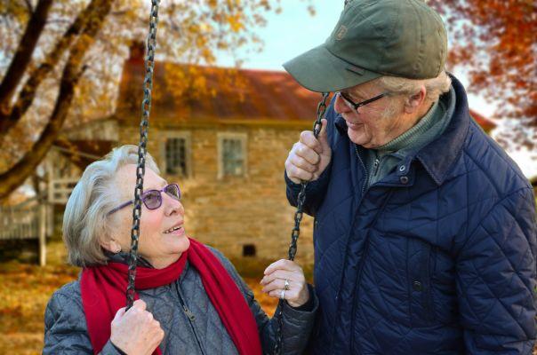 【老後の安心の為に】老後のための資産形成、いくら貯める?どうやって貯める?