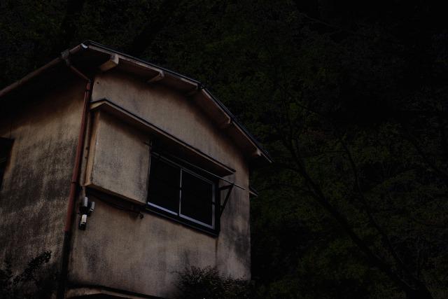 【夢占い】幽霊の夢を見たときの暗示・意味とは?