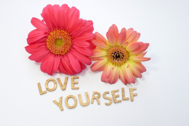 自己肯定感が高い人はやっている。自分で自分を褒めて自尊心を高めよう