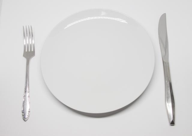 痩せないどころか太る!自己流プチ断食はデメリットだらけ!?