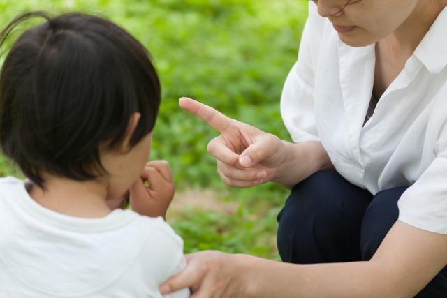 毎日イライラ!子供の兄弟喧嘩が勃発した際の親の正しい反応とは?