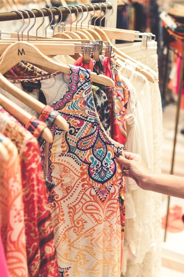 【おしゃれ&快適に】旅行での服装選びのポイント&よくある失敗パターン