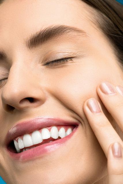 小鼻周りの黒ずみは酸化した角栓が原因!正しいケアと予防で美肌に