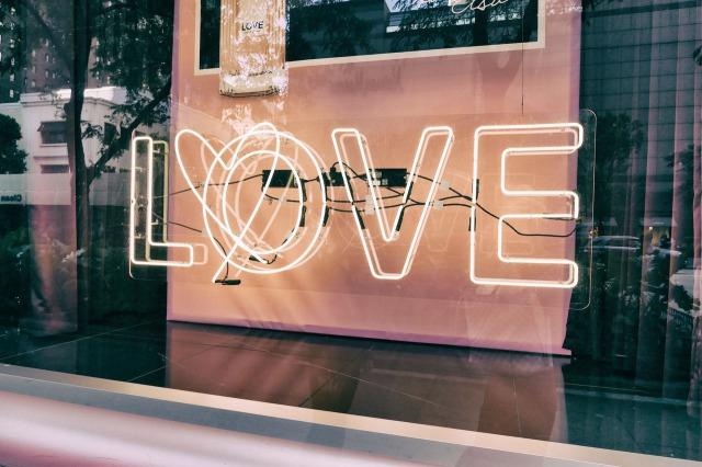 恋愛の優先順位を低くすると恋愛上手になれる!その理由とは?