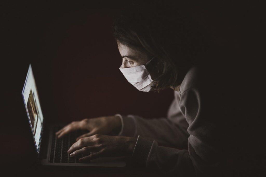 コロナウイルスが原因で気持ちが落ち込む…前向きになる為の改善方法