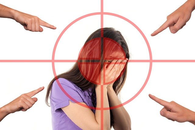 職場の悪口の対処法。あなたが悪口を言われたらどう切り返す?