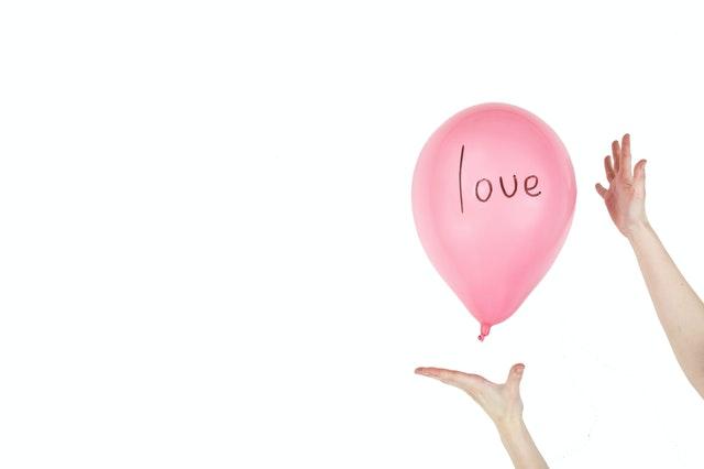 恋愛の引き寄せの法則とは?理想の恋愛を叶う方法とは
