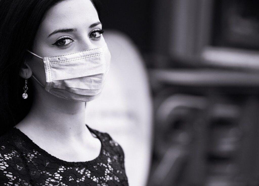 自然に見えるマスク美人を目指そう♪もうマスクを外しても怖くない!