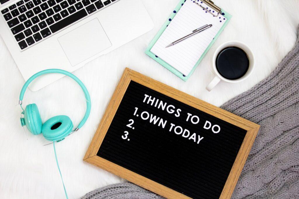 勉強のモチベーションを上げる!忙しい社会人が勉強を続けるコツ7選