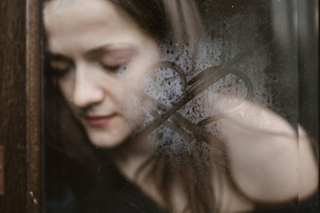 恋愛しても苦しいのは依存のせい?抜け出すために考えたいこととは
