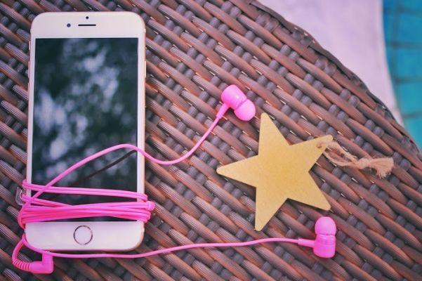 【おすすめ恋愛ソング】片思い・両想い・失恋…そんなとき何が聴きたい?