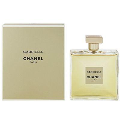 ふわりと香る♪50代女性におすすめな香水やおすすめの付け方をご紹介!